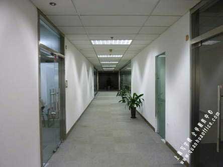 新世纪办公中心|租金4.50-6.50元|物业24